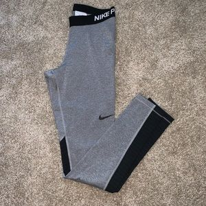 Nike Pro Gray/ Black Leggings
